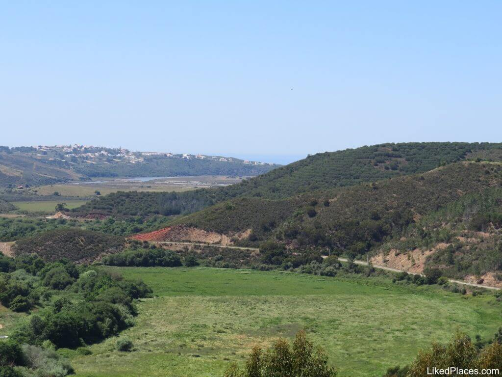 Floodplain with Ribeira de Aljezur in the background
