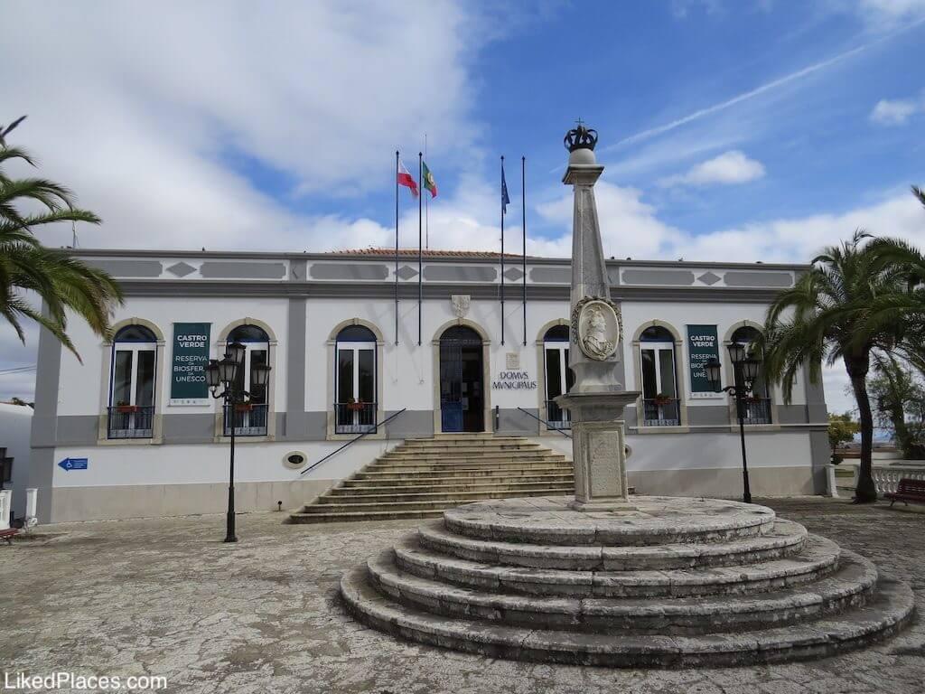 City Hall and Pelourinho, Castro Verde