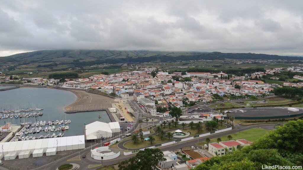 Vista da Praia da Vitória, a partir do Miradouro do Facho, Ilha da Terceira, Açores, View to Praia da Vitória from Facho Viewpoint, Terceira Island