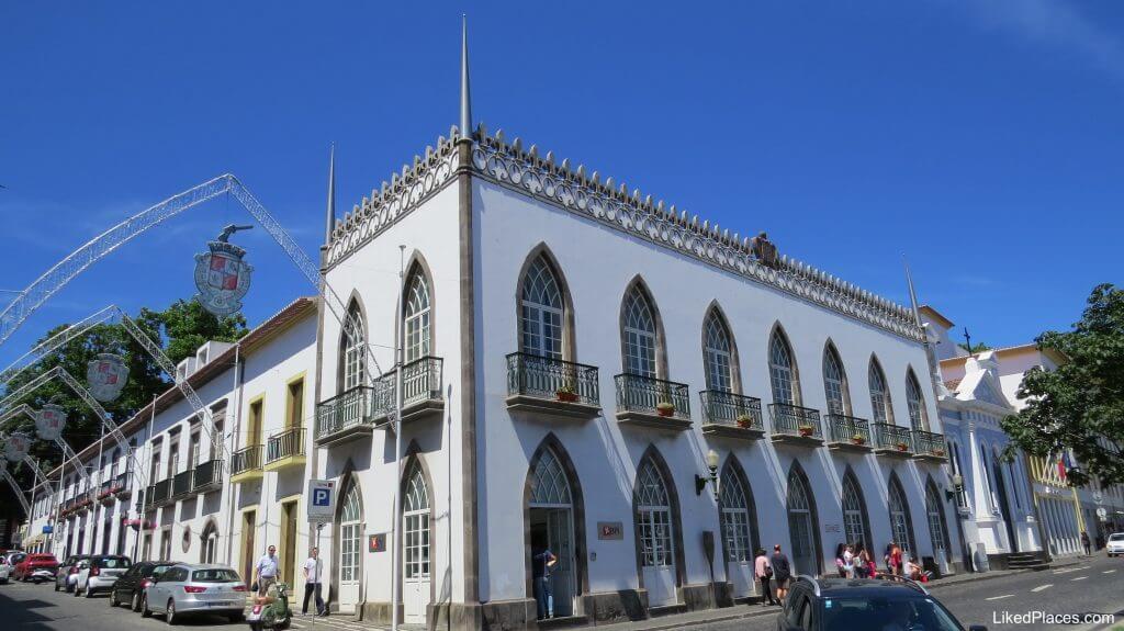 Building at Rua da Sé, Angra do Heroismo, Terceira Island