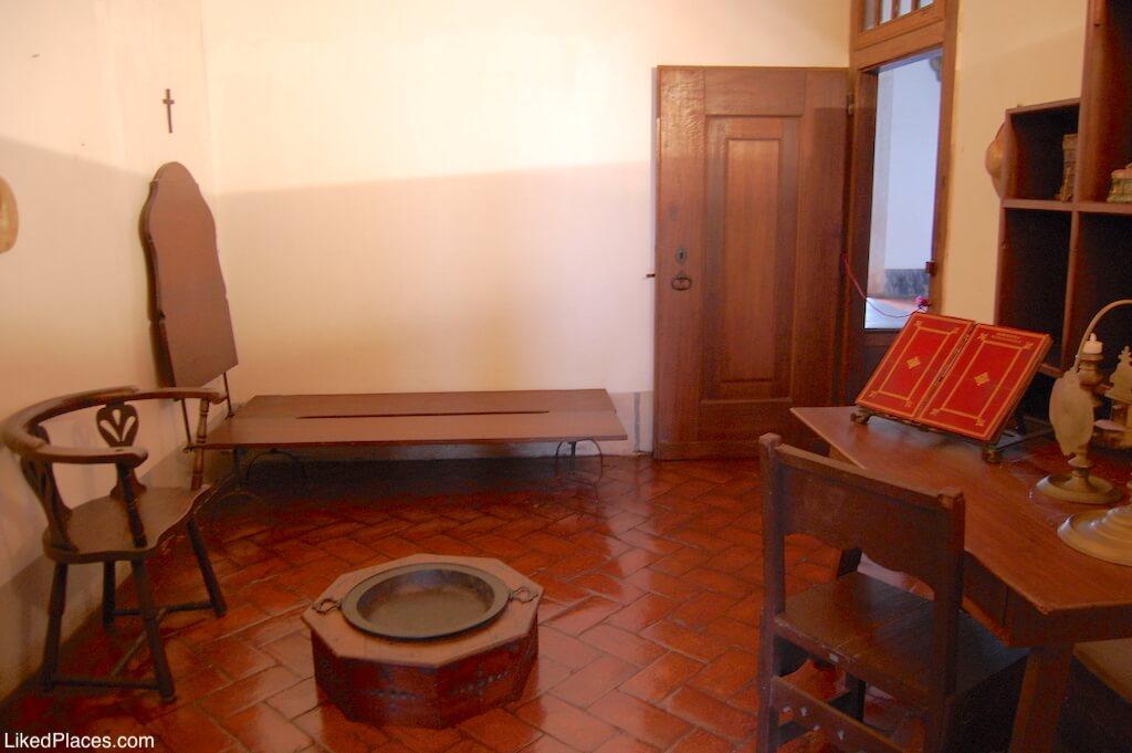 Cela Fradesca no Palácio de Mafra Palace Friar Cell