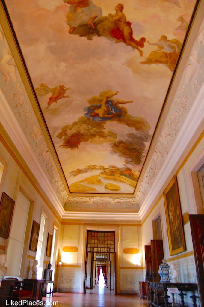 Panorâmica da Sala da Guarda no Palácio Nacional de Mafra
