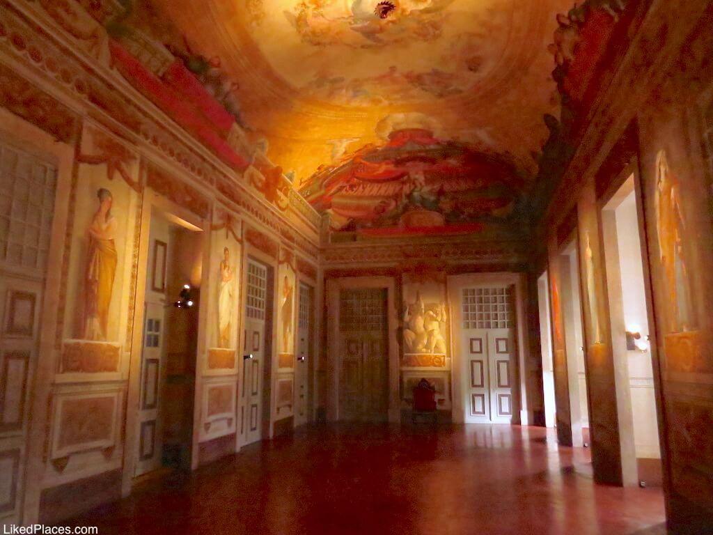 Sala do Trono no Palácio de Mafra