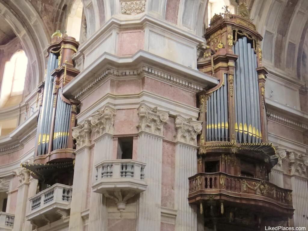 Basilica de Mafra Orgãos Palace Two Pipe Organs