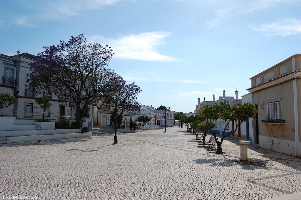 Praça 1º de maio, em Castro Marim