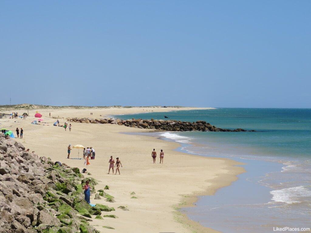 Praia do Farol, Ilha da Culatra. Farol Beach on Culatra Island