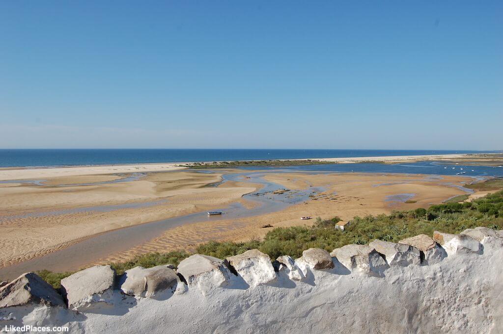 Vista da Praia de Cacela Velha a partir de Cacela Velha, Algarve