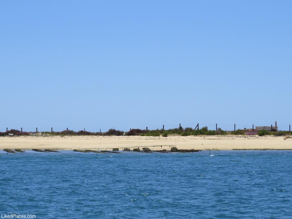 Antiga Base de Apoio a Hidroaviões em Hangares, Ilha da Culatra.  Former Seaplane Support Base in Hangares, Culatra Island
