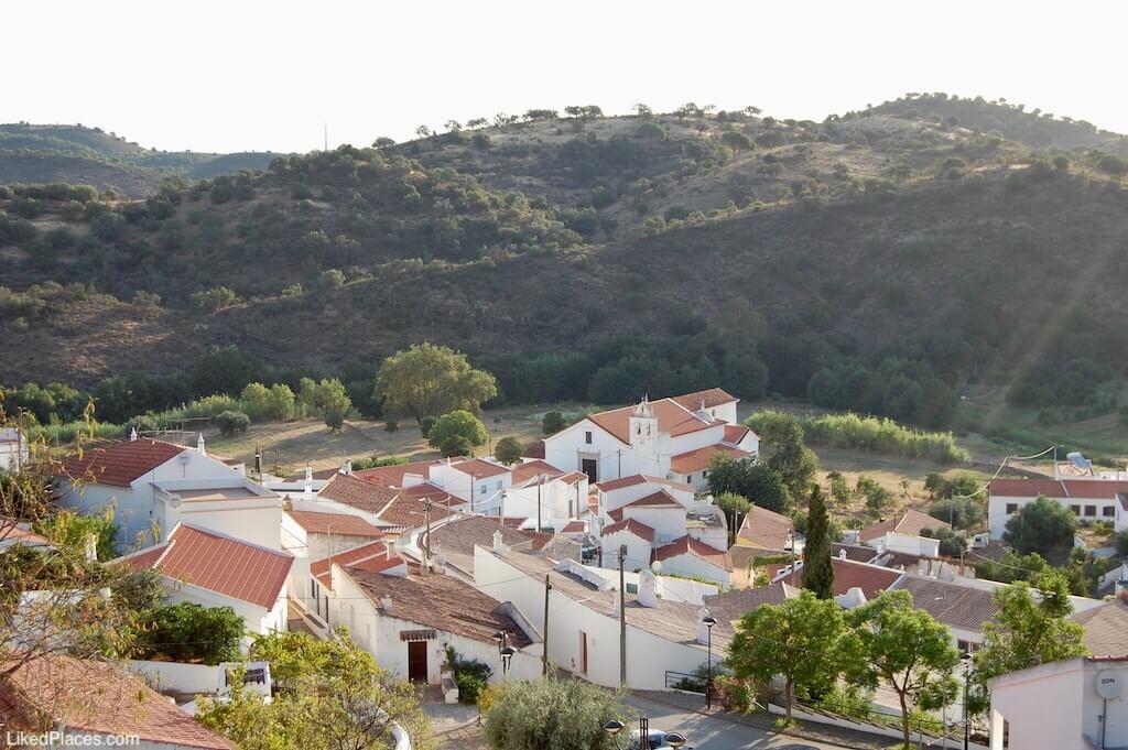Vista da aldeia de Odeleite