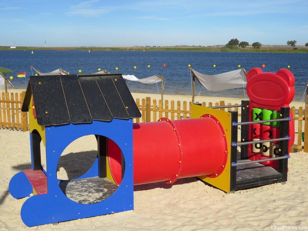 5 Reis Parque Fluvial Praia Beja parque infantil