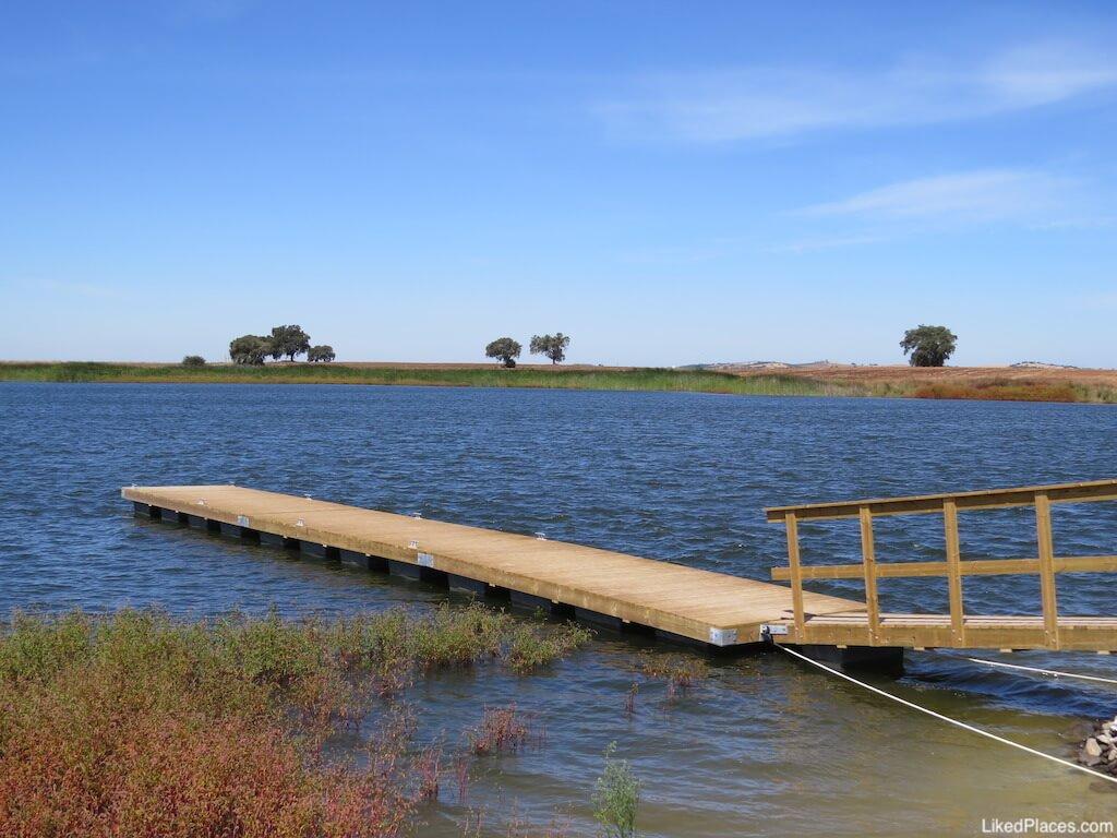 Parque fluvial 5 reis Beja plataformas cais embarcaçõe