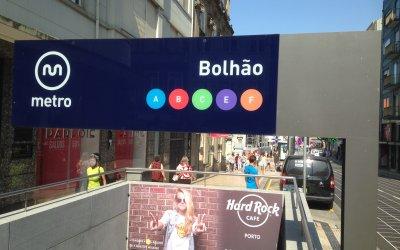 Porto Entrada do Metro no Bolhão